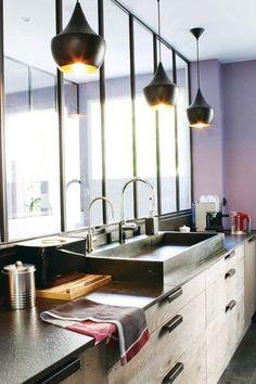 Une cuisine qui flirte élégamment avec le style industriel