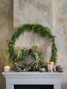 BLOG: mariannedebourg.no / Instagram: @mariannedebourg Christmas Home, Christmas Wreaths, Christmas Decorations, Xmas, Plant Crafts, Scandinavian Christmas, Deck The Halls, Land Art, Candyland