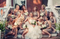 cute shot with bridesmaids! i won't have this many bridesmaids, but i think it would still look cute!