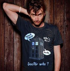 Damm he so sexy David Tennant Doctor Who 10, 10th Doctor, Doctor Who Stuff, Dr Who 10, Tom Hiddleston, Dr Who Shirt, Clara Oswald, Fandoms, Don't Blink
