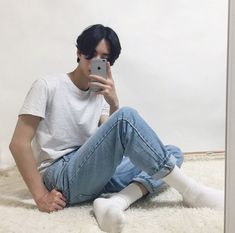 Find images and videos about boy, aesthetic and ulzzang on We Heart It - the app to get lost in what you love. Korean Boy, Korean Couple, Korean Style, Boy Fashion, Korean Fashion, Mens Fashion, Asian Boys, Asian Men, Pretty Boys