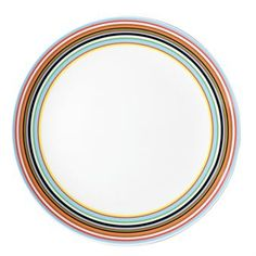 Behind the Origo design is Alfredo Häberli, who was honored for this design the early 2000's with several international awards. These plates are superb for daily use, as well as on special occasions. Available in different sizes.