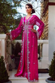 Caftan Rose confectionné sur mesure takchita de luxe 2014