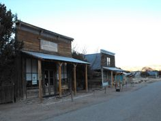 From tours of ghost towns to a journey through the most haunted places in New Mexico, here are 8 themed road trips that belong on your bucket list. New Mexico History, Carlsbad Caverns National Park, Desert Places, Creepy Ghost, Most Haunted Places, New Mexican, Land Of Enchantment, U.s. States, Ghost Towns