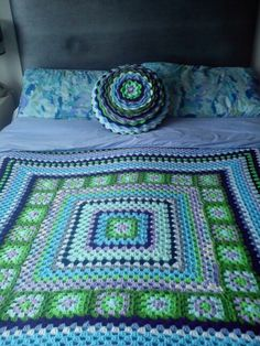 Granny square bed throw