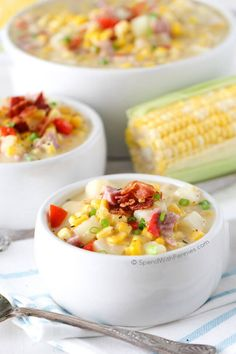 This delicious Ham and Corn Chowder is rich, creamy & full of flavor! This easy to make soup is loaded with ham, bacon, corn, & potatoes. Perfect fall dinner or lunch! (chili mac recipe with corn) Slow Cooker Bacon, Slow Cooker Soup, Slow Cooker Recipes, Crockpot Recipes, Cooking Recipes, Chowder Recipes, Easy Soup Recipes, Fall Recipes, Bacon Corn Chowder