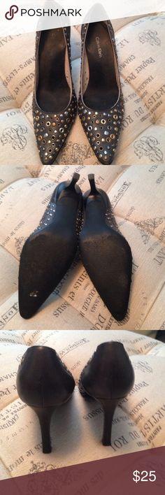Calvin Klein gray heels size 7 Calvin Klein gray heels size 7. These were gently worn SKU 103 Calvin Klein Shoes Heels