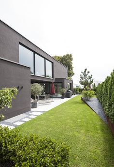 Detached house with separate apartment, Pöcking, 2015 - Architektur Backyard Pool Designs, Backyard Landscaping, Terrace Design, Garden Design, Independent House, Home Building Design, Modern Architects, New House Plans, Modern House Design