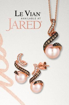 Strawberry Pearls and Vanilla Pearls by Le Vian are refreshing for the summer. These lustrous freshwater pearls are set in 14 Karat Strawberry Gold and 14 Karat Honey Gold for sweet styles you'll want to indulge in all season long. Diamond Jewelry, Gemstone Jewelry, Gold Jewelry, I Love Jewelry, Fine Jewelry, Infinity Heart, Le Vian, Triangle Shape, Sweet Style