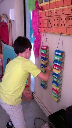 Beginning Of School, New School Year, Back To School, Toddler Crafts, Preschool Crafts, Preschool Ideas, Classroom Displays, Classroom Organization, Christmas Decorations