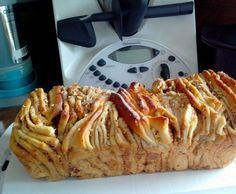 Zupfbrot mit Zimt-Nuß-Apfelfüllung Recipe plucked bread with cinnamon-nut-apple filling from Hangar - recipe of the category baking sweet Cheesecake Thermomix, Cheesecake Recipes, Filling Food, Filling Recipe, Gateaux Cake, Pampered Chef, Sweet Bread, Bread Baking, Relleno