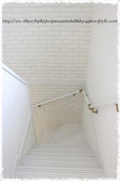 【Web内覧会*入居前】階段アクセントクロスがわりと良い感じに☆ | 後悔しないおしゃれな一戸建てを建てるためのブログ☆