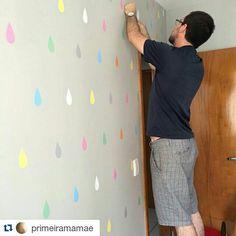Adesivo gotas nas cores da decoração #projetoespecial #doseujeito