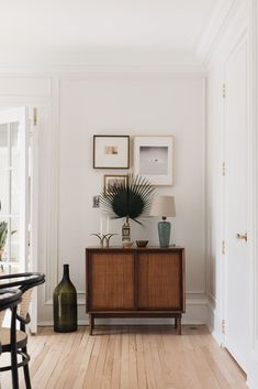 This Home has Been Completely Transformed Using A Mish-Mash of Unique Styles | lark & linen Plywood Furniture, Design Furniture, Vintage Furniture, House Doctor, Interior Architecture, Interior Design, Victorian Architecture, Family Dining Rooms, Wicker Dining Chairs