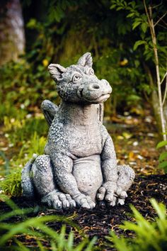 Purchase our large Dragon Garden Statue collection of statuary Massarelli for sale statues. Dragon Garden, Dragon Art, Celtic Dragon, Celtic Art, Outdoor Statues, Garden Statues, Gothic Gargoyles, Dragon Dreaming, Game Of Thrones Dragons