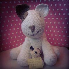 Cachorrinho de croche para decoração de festa infantil ou ate mesmo um mascote fofo para seu filhote