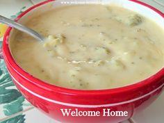 White Cheddar Cream of Broccoli Soup Cream Of Broccoli Soup, Broccoli Cheddar, Korma, Biryani, Fall Recipes, Soup Recipes, Recipies, Bread Bowls, White Cheddar