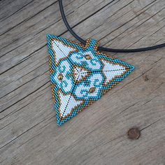 floral-pendant-beaded-necklace-triangle