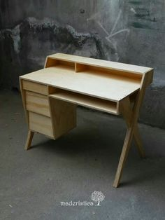 "Desk made out of what looks like 3/4"" plywood."