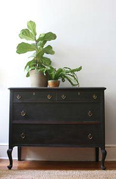 Queen Anne Style Dresser