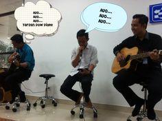 Gak jelas nyanyi opo to cuk... Tapi #Seru #RamadhanKu