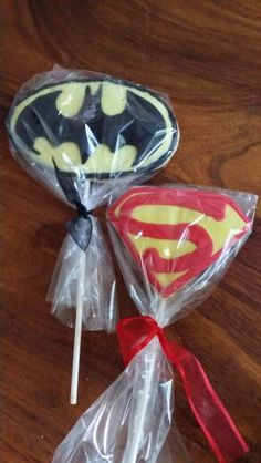 Superman n batman cookies