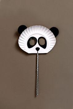 Máscara de panda reciclada