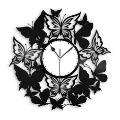 Butterflies Nursery Wall Clock Butterfly Clock made out of new vinyl record will add nature/pet them Clock Art, Diy Clock, Tumblr Wall Art, Record Crafts, Diy Room Decor For Teens, Butterfly Nursery, Fancy Watches, Vinyl Record Clock, Kitchen Wall Clocks