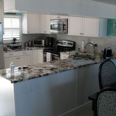 Condo Kitchens Design Ideas, Pictures, Remodel, and Decor - page 2