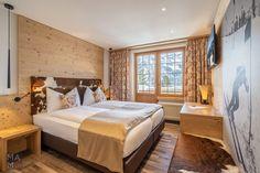 Hotelfotografie für das Hotel Alpenruh in Mürren, Schweiz | MAMO Photography, Interlaken Corporate Fotografie, Hotels, Das Hotel, Restaurant, Switzerland, Bed, Photography, Furniture, Home Decor