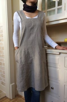 Linen pinafore apron dress for women by YUIbasics on Etsy. Great pockets, needs some tucks