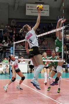 Volleyball Attacking Rules: What Is A Spike In Volleyball?