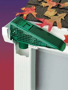 Place this wedge where the gutter meets the downspout. Flowing water will push leaves up the Gutter Wedge and out of the gutter, preventing downspout clogs. Drain Français, Trailer Casa, Gutter Screens, Gutter Drainage, Yard Tools, Home Repairs, Home Projects, Home Remodeling, Home Improvement