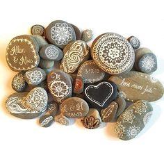Imanes piedra pintados a mano, piedra boda favores, personalizados pintado piedras, mano pintada rocas, henna pintadas piedras, piedras de joyería