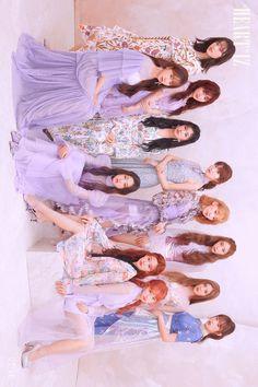IZ*ONE (#아이즈원) - 2nd Mini Album [HEART*IZ] OFFICIAL PHOTO Violeta ver.  #IZONE #アイズワン #HEARTIZ #20190401_6PM Kpop Girl Groups, Kpop Girls, Boy Groups, Yuri, All About Kpop, Doja Cat, Best Kpop, K Pop Music, Music Aesthetic