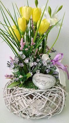 dekorBEA / Jarna spomiekova dekoracia I. Ikebana, Glass Vase, Retro, Plants, Home Decor, Homemade Home Decor, Flora, Plant, Decoration Home
