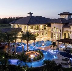 Grand Homes, Big Houses, Dream Bedroom, Home Bedroom, Room Accessories, Modern Mansion, Dream Pools, House Front, Home Board
