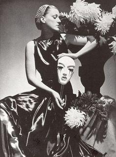 Elsa Schiaparelli Fashion by George Hoyningen-Huene, 1935.