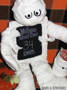 Clean & Scentsible: Mummy Halloween Countdown