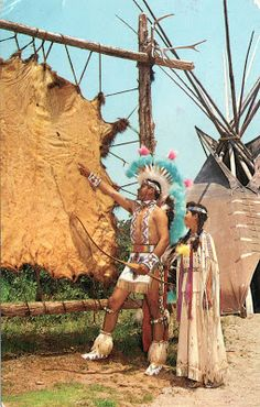 UNITED STATES (Oklahoma) - Dixon Palmer showing his daughter, Linda, a Buffalo hide.