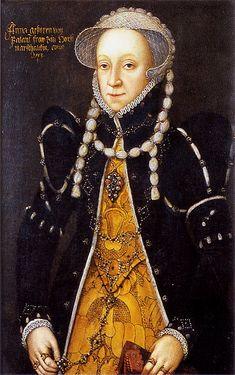 Interesting necklace(?) that goes up over her coif. ca. 1553 Anna von Palandt by ? (Schloß Horst in Gelsenkirchen, Regensburg Germany)