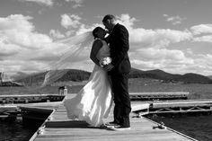 Absolutely amazing wedding photos by Lake Dillon.