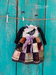 Blythe doll OOAK outfit *Raven's dream* decadent Halloween vintage style dress