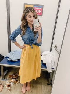9bcf1cdcf1b Connecticut life and style blogger Lauren McBride shares a March Old Navy  try on featuring spring