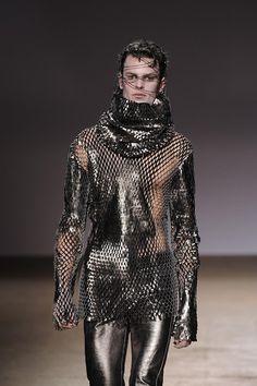 Gareth Pugh F/W 2009 Menswear