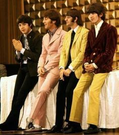 ha ha I think Ringo let George borrow his pants for this photo shoot