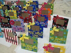 For our big Teacher Appreciation Week finale, my friend Angie and I painted picture frames for 65 teachers and staff. Cool Picture Frames, Cute Frames, Big Little Gifts, Little Presents, Teacher Appreciation Week, Teacher Gifts, Crafts To Sell, Diy Crafts, Homemade Pictures