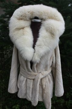 Brand New Beige Sheared Beaver Fur Coat Cobra Hood Fox Trim & Belt | eBay
