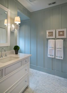 nice look for a beach house bathroom Love the rectangular sinks. I love the color of the walls. nice view for a beach house bathroom love the rectangular sink. I love the color of the walls. Beach House Bathroom, Beach House Decor, Beach Houses, Master Bathroom, Cape Cod Bathroom, Beach House Colors, Beach Cottages, Master Bedrooms, Beach House Interiors
