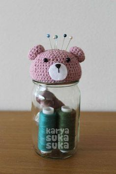 karyasukasuka: August 2012 A very creative and functional recycling craft idea Recycled Art Projects, Recycled Crafts, Diy And Crafts, Love Crochet, Crochet Gifts, Crochet Pincushion, Crochet Decoration, Jar Gifts, Pin Cushions